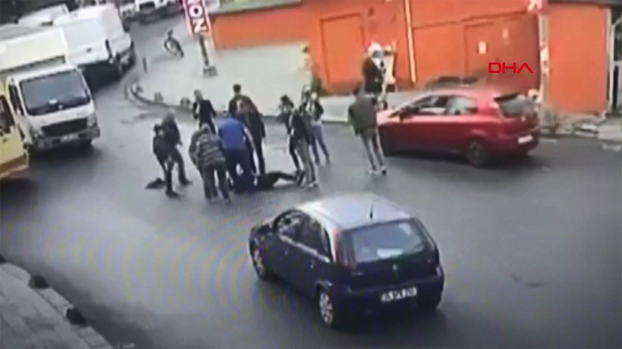 Kapısı açık dolmuş faciası! Lise öğrencisi ölümden döndü