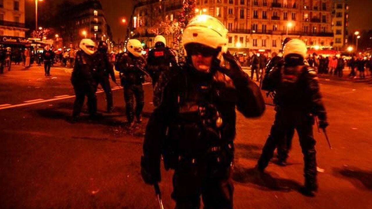 Dışişleri'nden vatandaşlara Fransa uyarısı