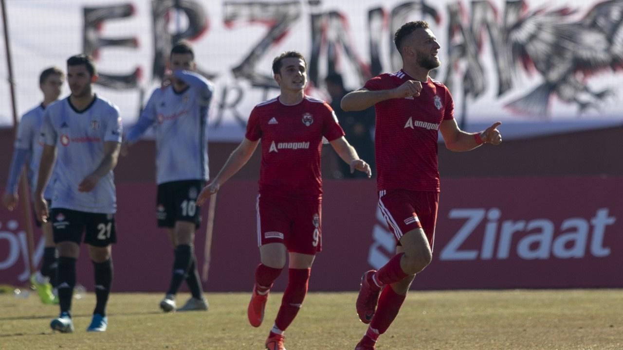 Beşiktaş kaybetse de turladı