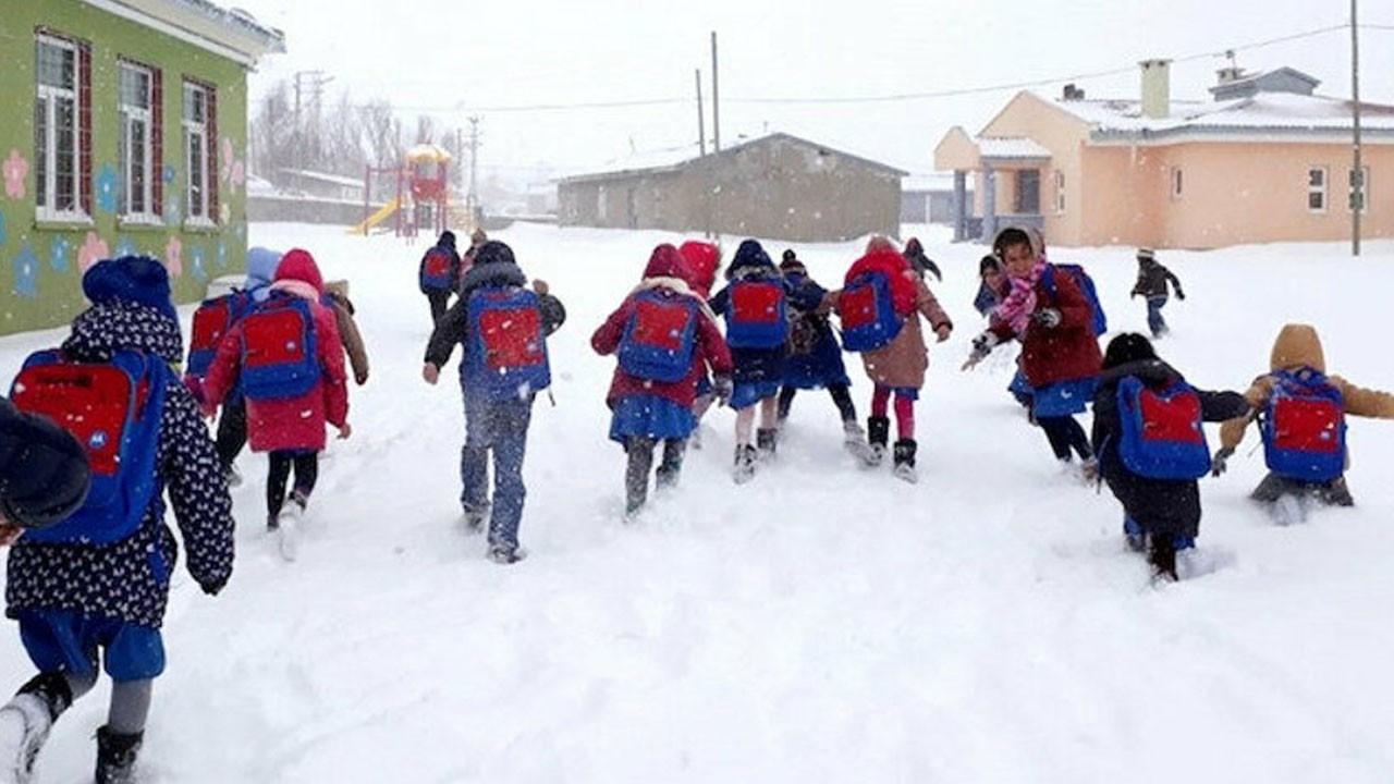 Kahramanmaraş'ta 5 ilçede eğitime ara