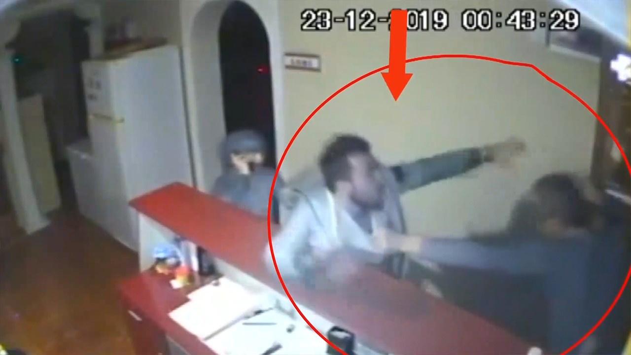 Otel işletmecisini tekme tokat dövdü!