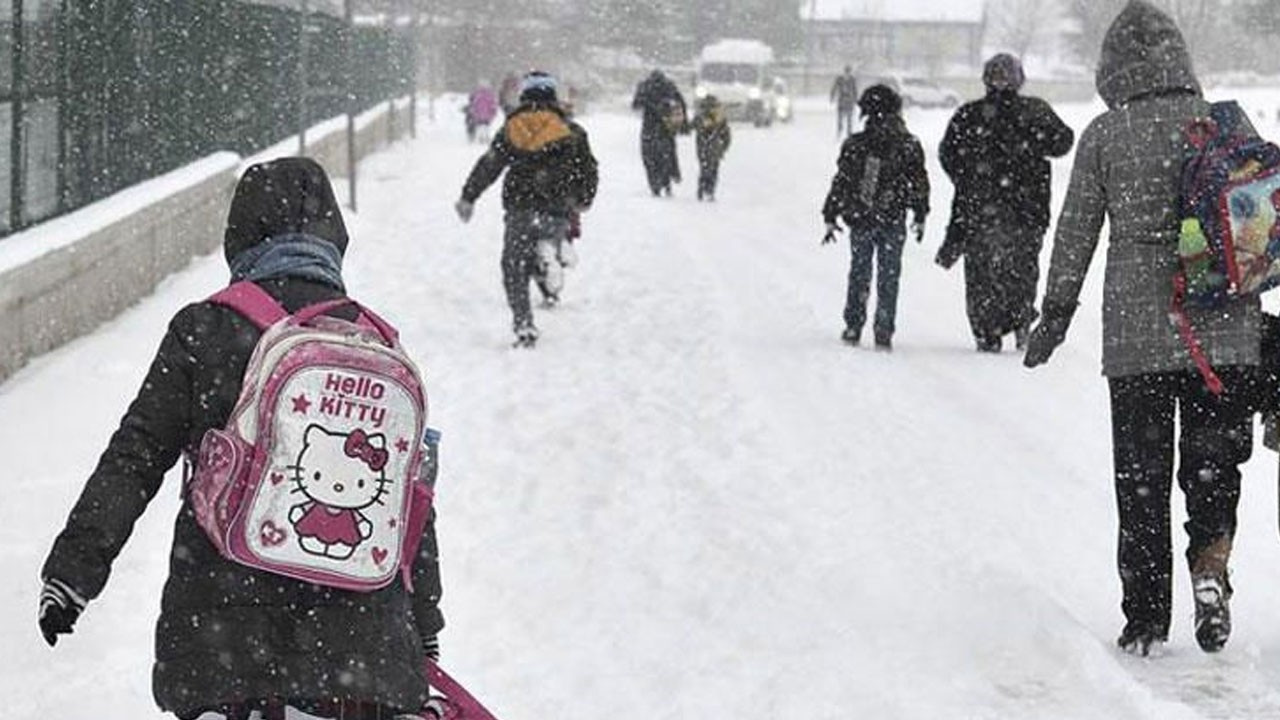 13 ilde eğitime kar ve fırtına engeli!