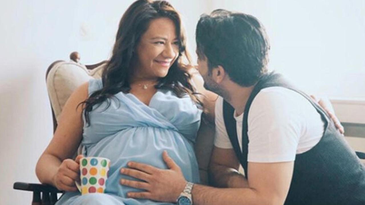 Ünlü sunucu ikiz bebekleri için gün sayıyor!