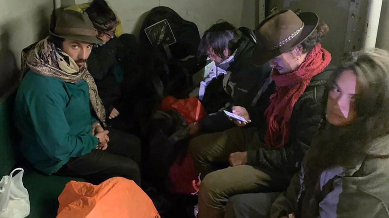 6 turist sınır dışı edildi