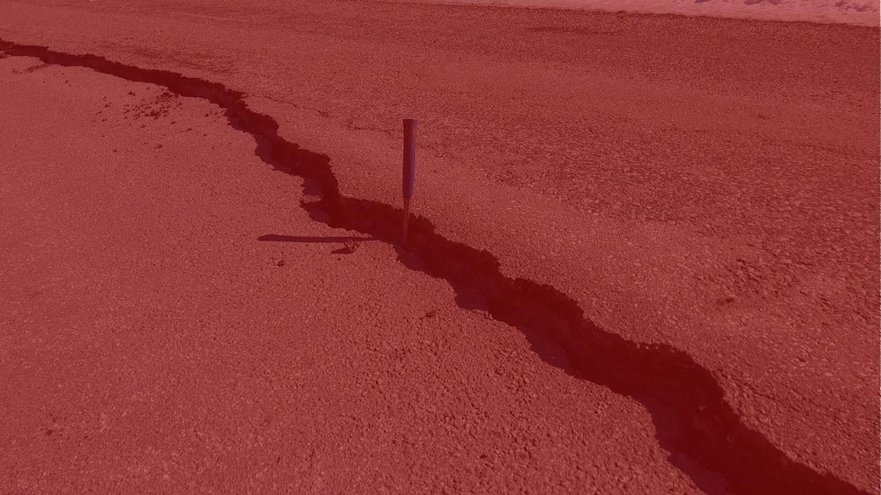 Deprem uzmanları Elazığ'da araştırdı!
