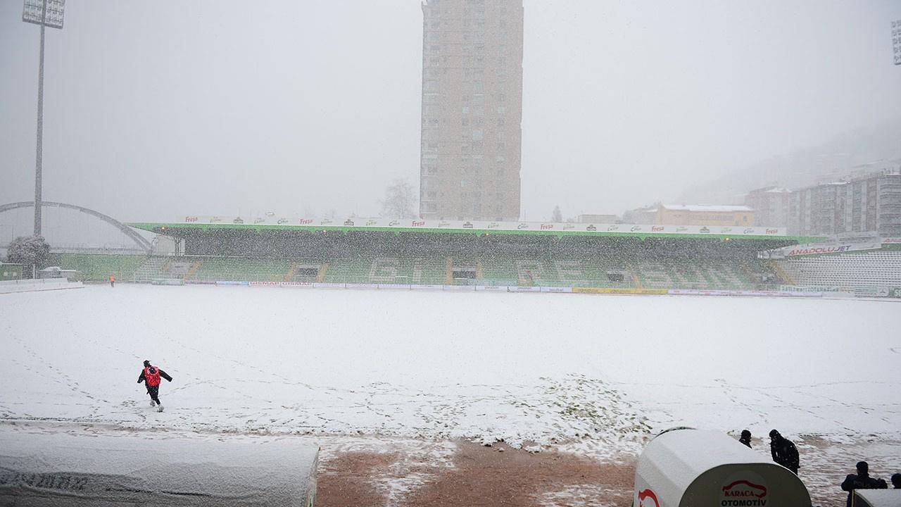 Giresunspor İstanbulspor maçı yine ertelendi