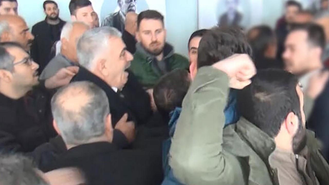 CHP kongresinde arbede! Çelik kuvvet ayırdı