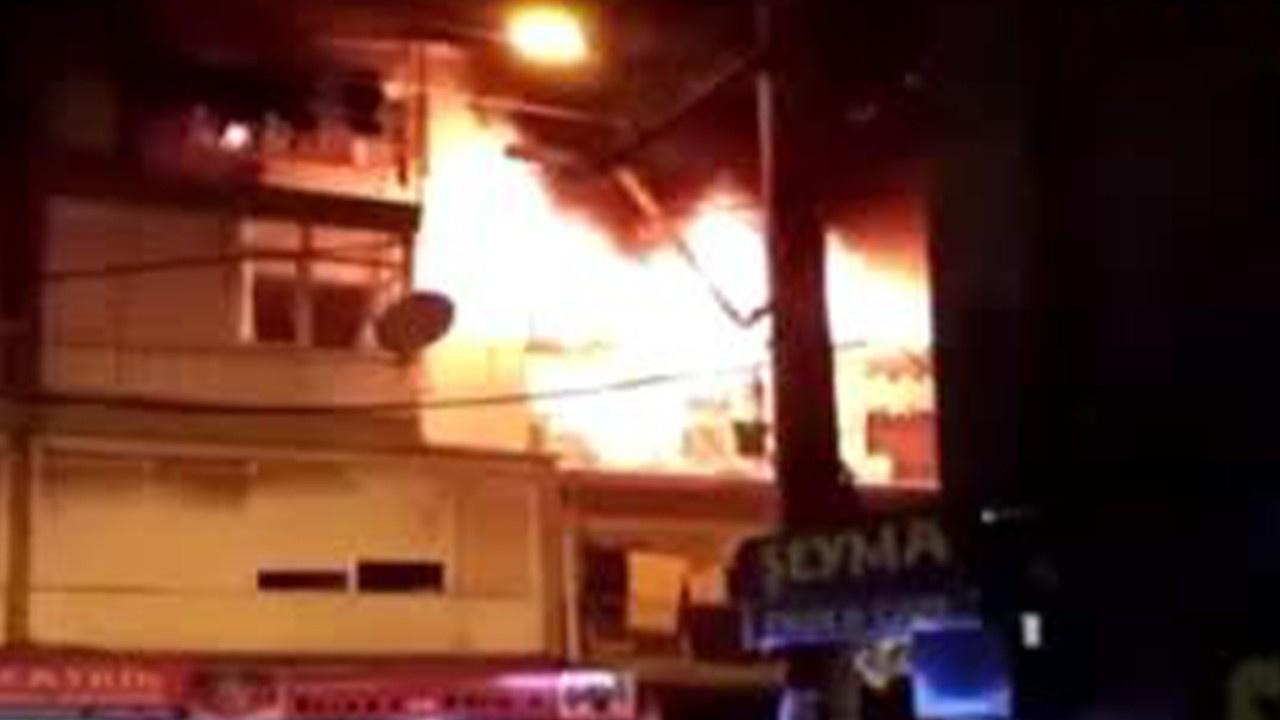 Yer: İzmir... Ev alev alev yandı!