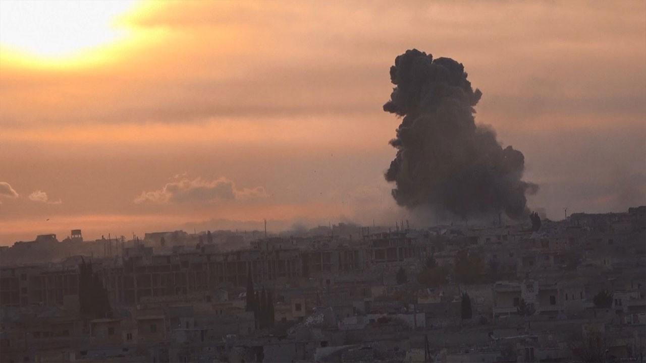 Esad İdlib'te bir kez daha sivillere saldırdı
