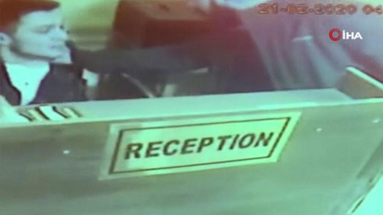 Kimlik isteyen otel görevlisine saldırdı