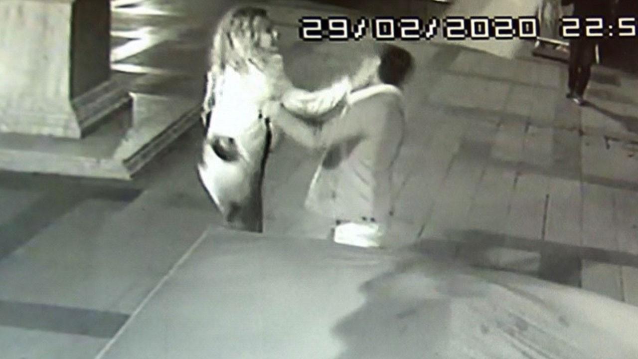 Genç kadın tartıştığı erkeği defalarca tokatladı