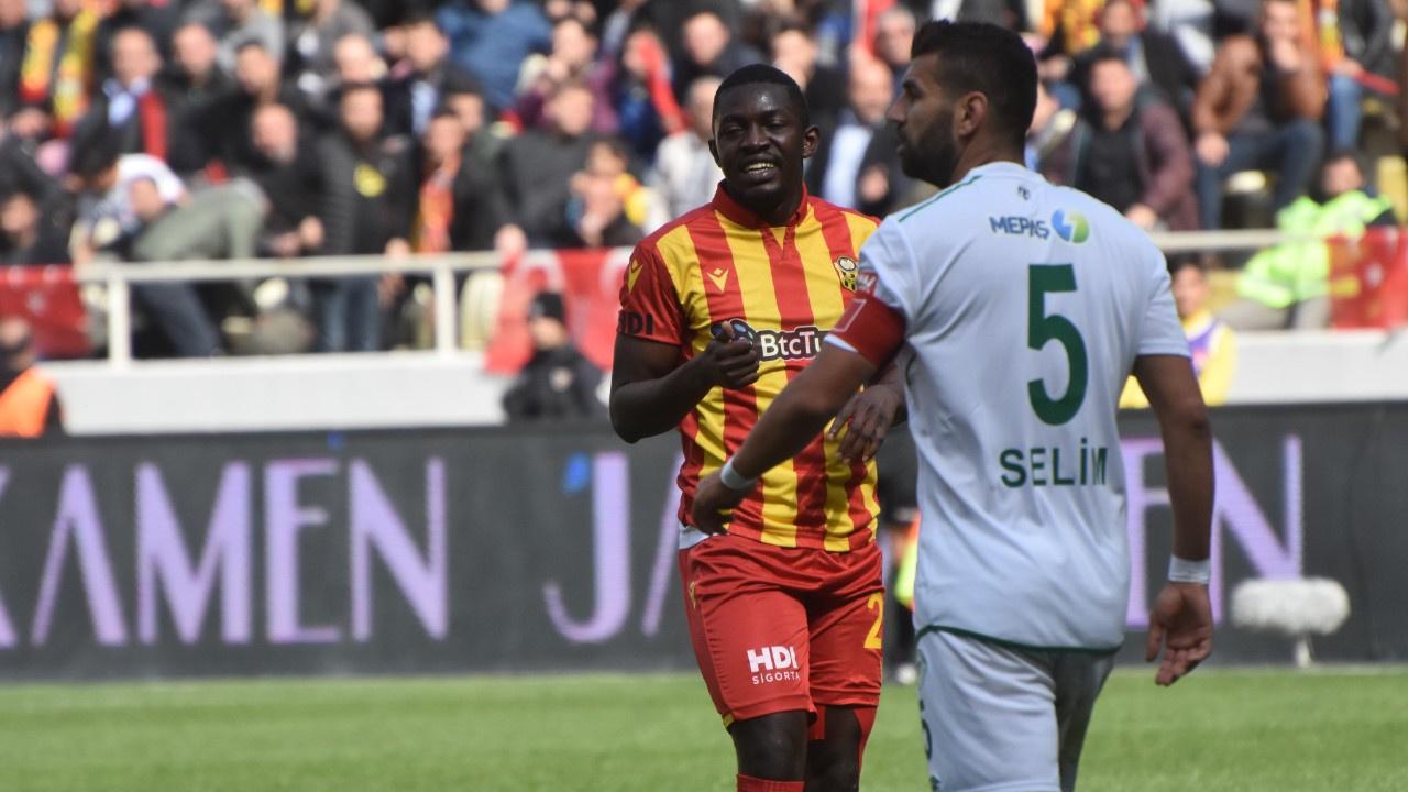 Konyaspor 3 puanı elinden kaçırdı