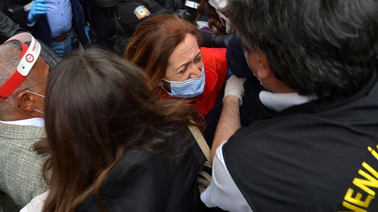 Taksim'e yürüyen gruba müdahale: 15 gözaltı