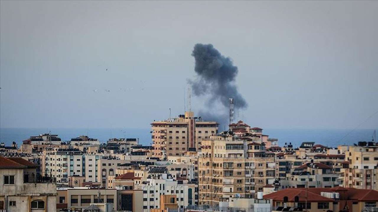 İsrail, Gazze'yi vurdu!