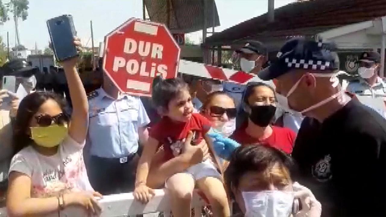 Kıbrıs'ta korona virüs protestosu