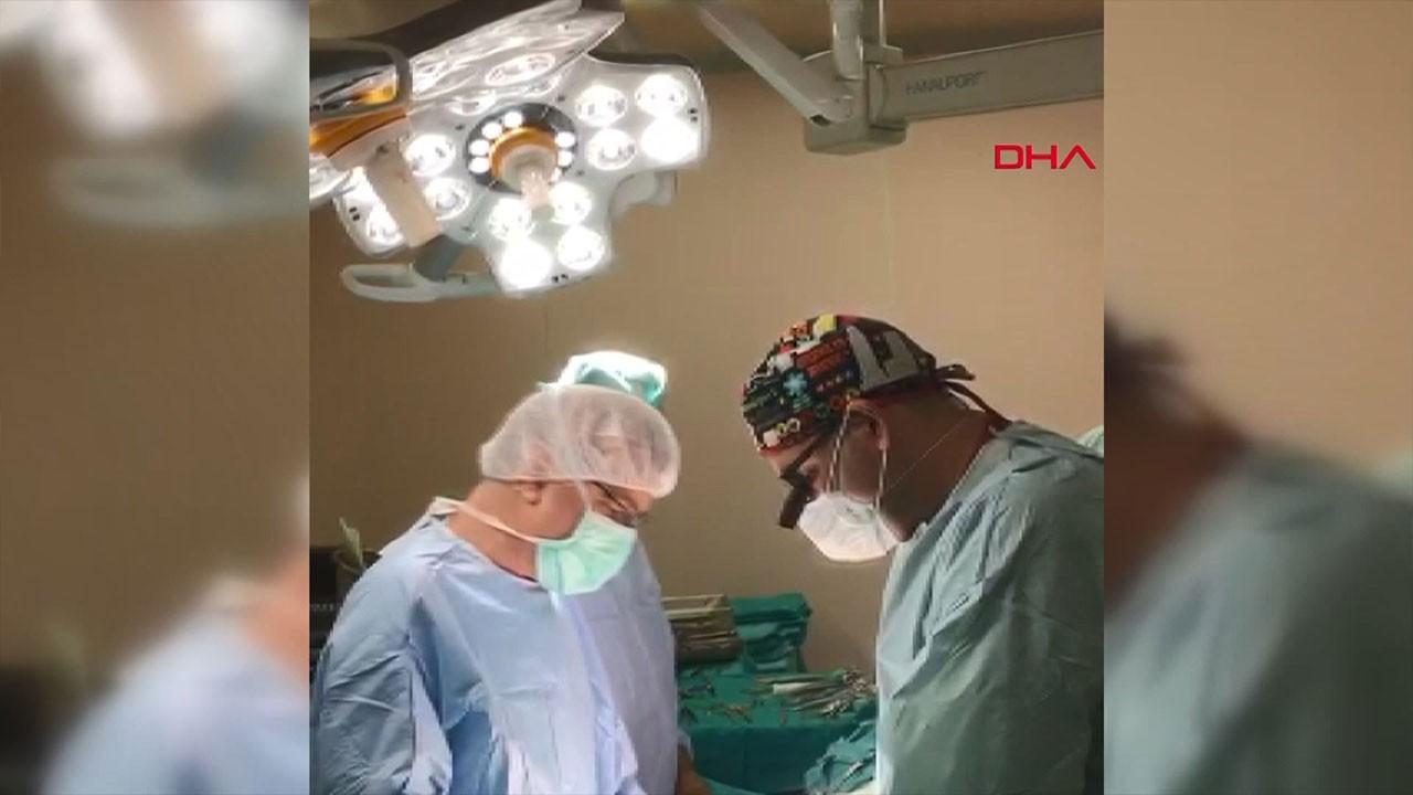 Ameliyat sırasında İstiklal Marşı okudular