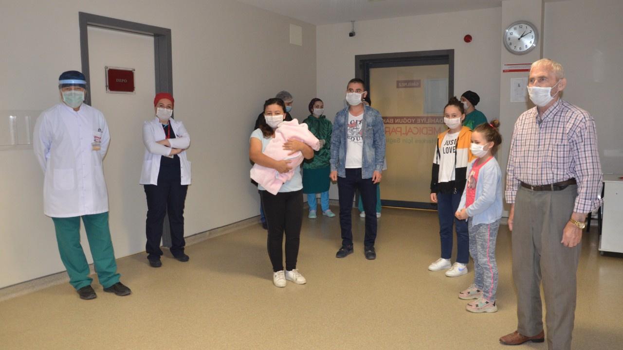 8 kişilik Ölmez ailesi korona virüsü yendi