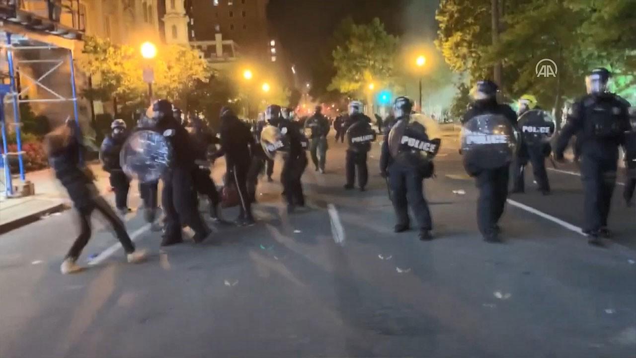 Beyaz Saray önünde çatıştılar