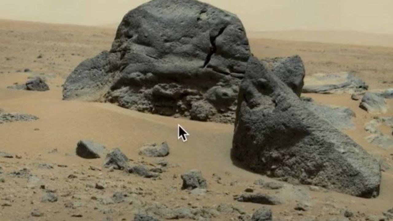 Mars'ta 'Darth Vader'ı anımsatan kaya oluşumu