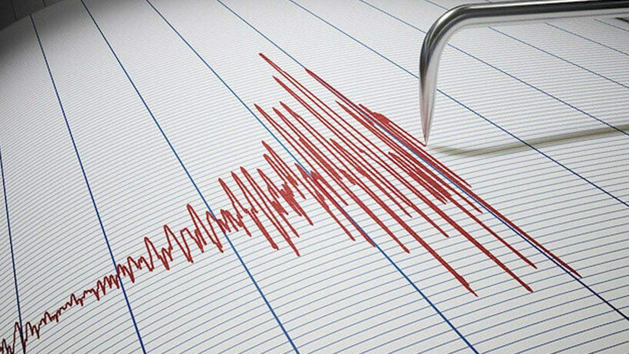 İzmir açıklarında korkutan deprem!