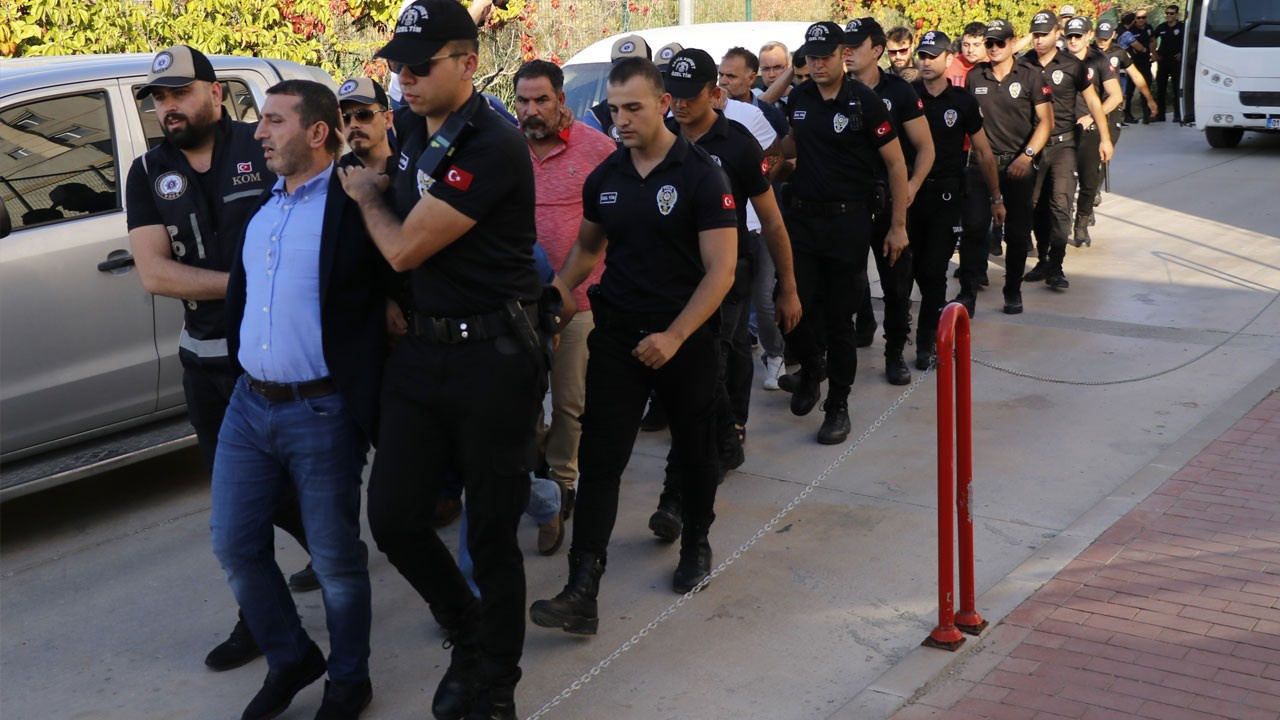 Polis şehit eden çeteye binlerce yıl ceza istendi