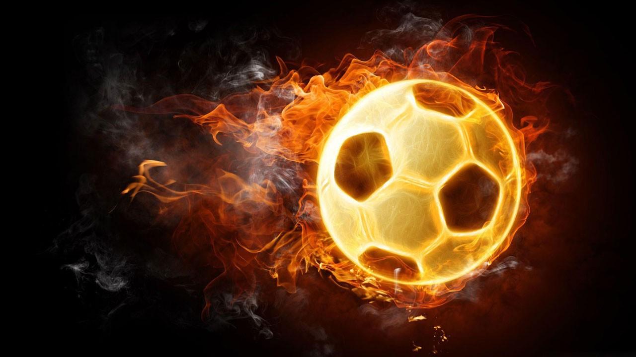 Ünlü futbolcu koronaya yenik düştü!