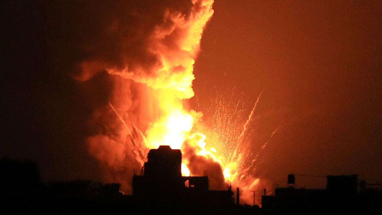 İsrail ordusu Gazze'yi vurdu