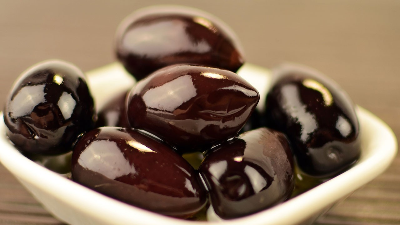 Siyah zeytinde mide bulandıran hile!