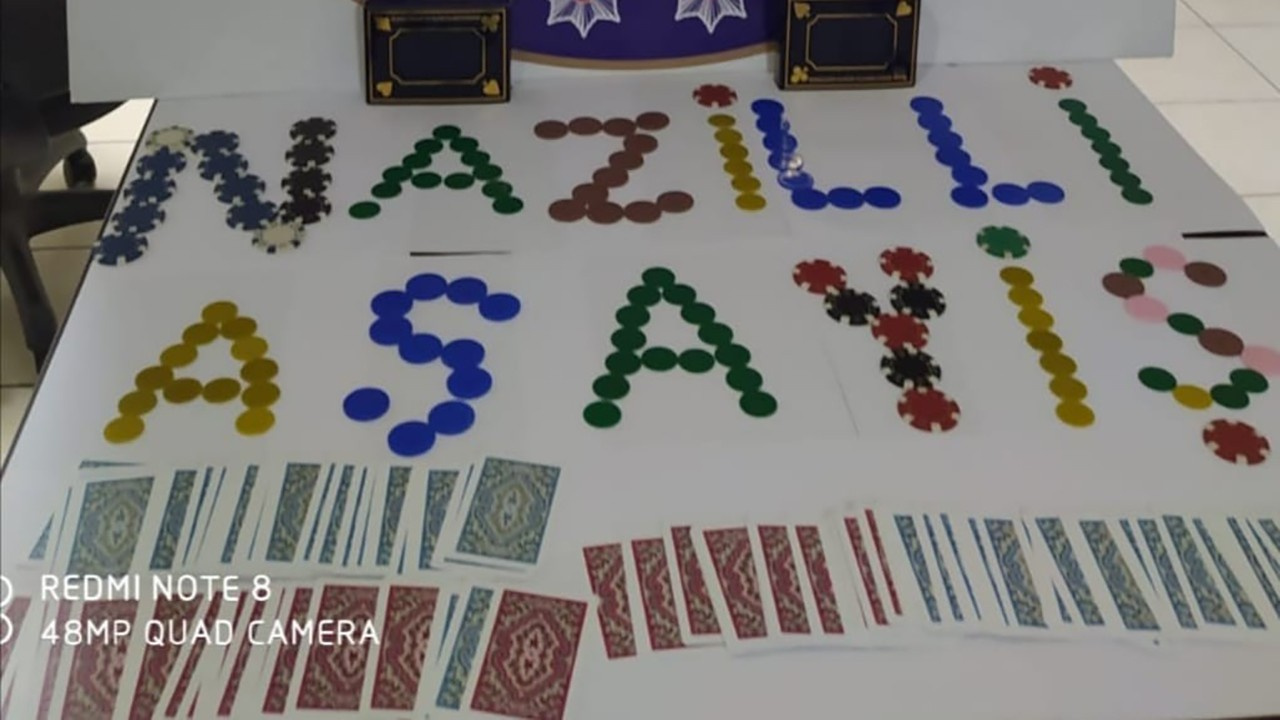 Aydın'ın Nazilli ilçesinde kumar baskını