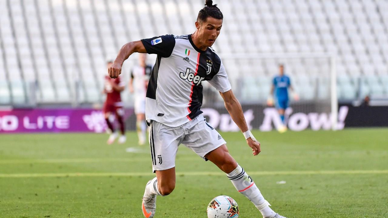 Juventus - Torino CANLIJuventus derbi maçta farka