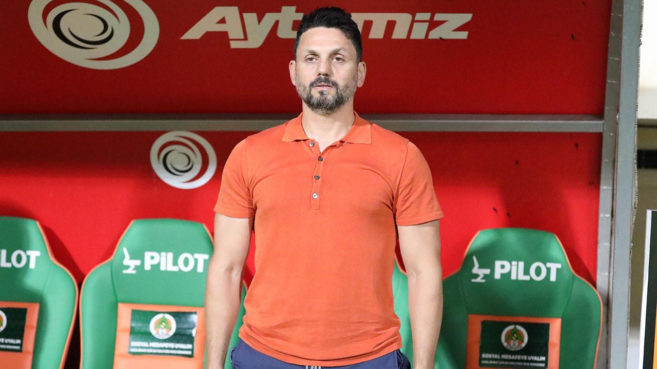 Erol Bulut, Alanyaspor ile yakaladığı başarının ardından en popüler teknik direktörler arasına girdi.