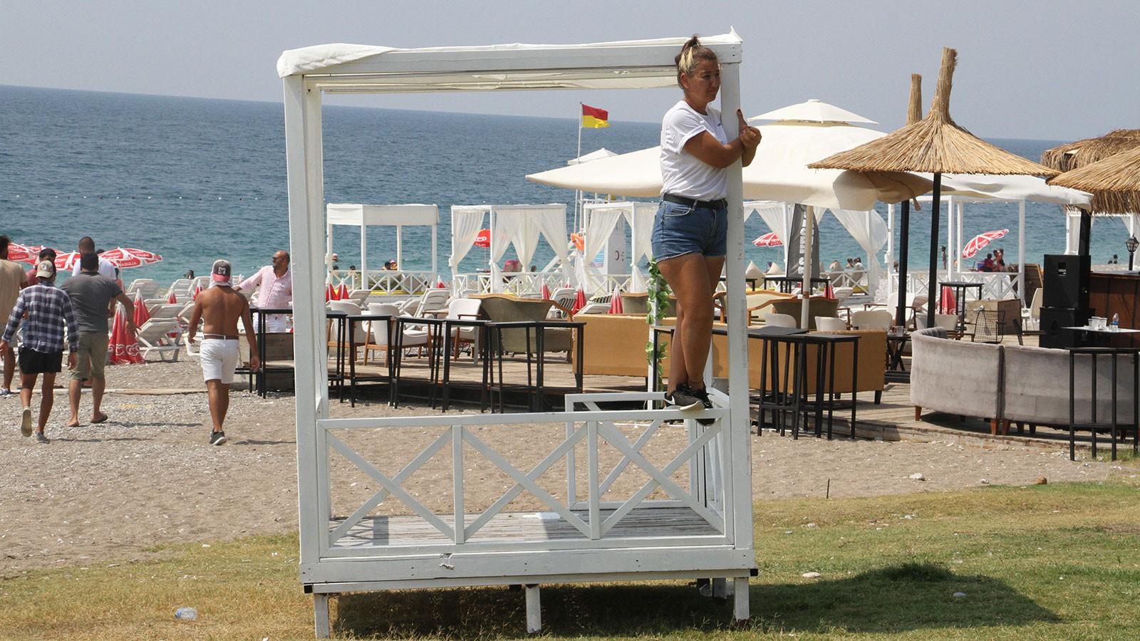 Dünyaca ünlü sahilde loca gerginliği