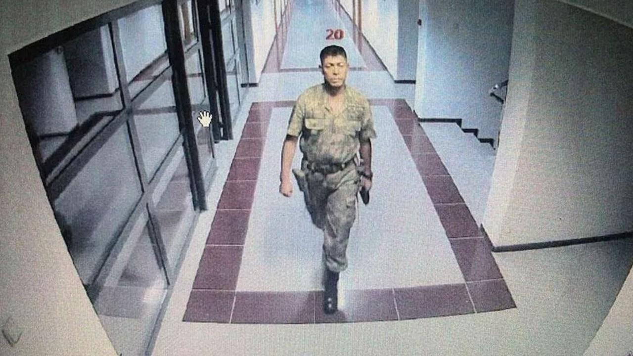İlk kurşunu 2 kez hayatını kurtardığı asker sıktı