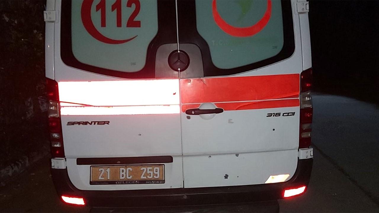 Ambulansa silahla ateş etti!