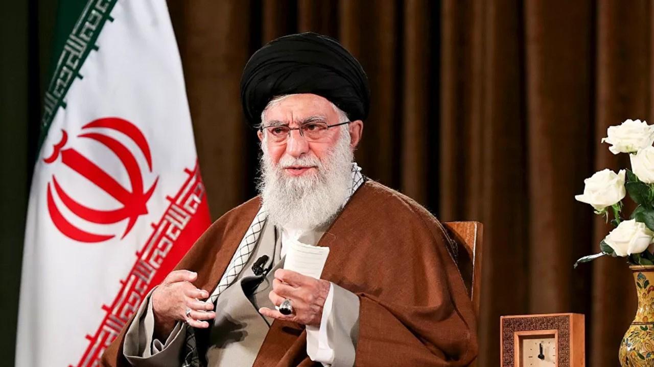 """İran'dan ABD'ye tehdit! """"Kesinlikle vuracağız"""""""