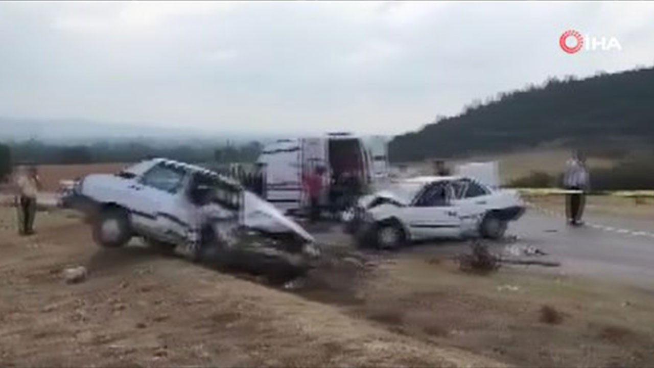 Adana'da feci kaza: Ölü ve yaralılar var