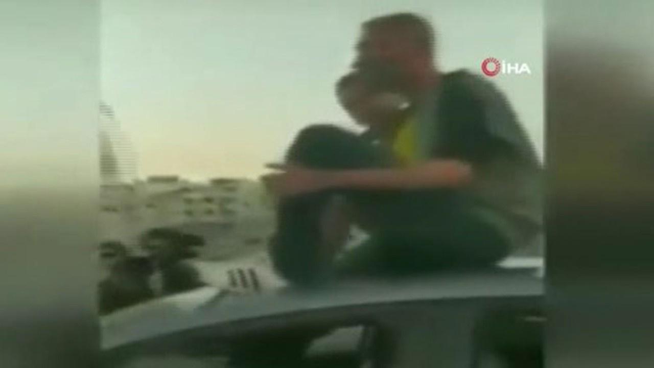 İzmir'de trafik magandası ayağıyla araç sürdü