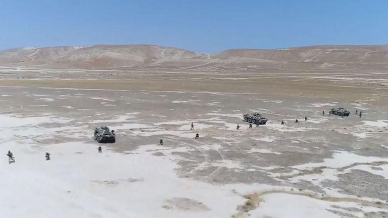 Geniş kapsamlı ortak askeri tatbikat sürüyor