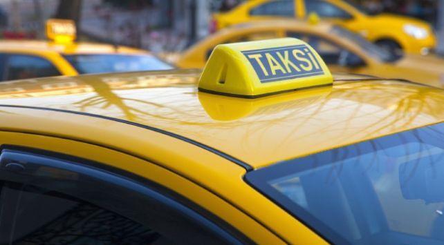 Taksilerde yeni dönem! Her müşteri bunu yapacak - Sayfa 1