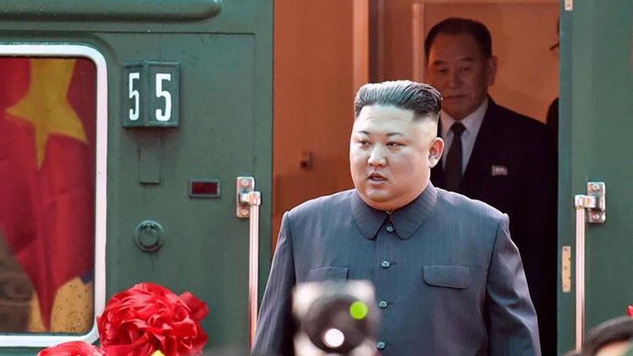 Kim Jong-un'un korona önlemi: Yaklaşanı vurun!