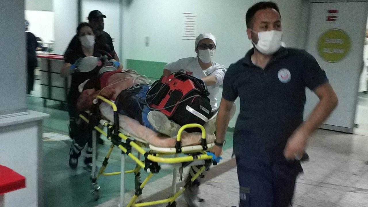 Sokak ortasında çatışma: 2 ölü, 2'si ağır 3 yaralı