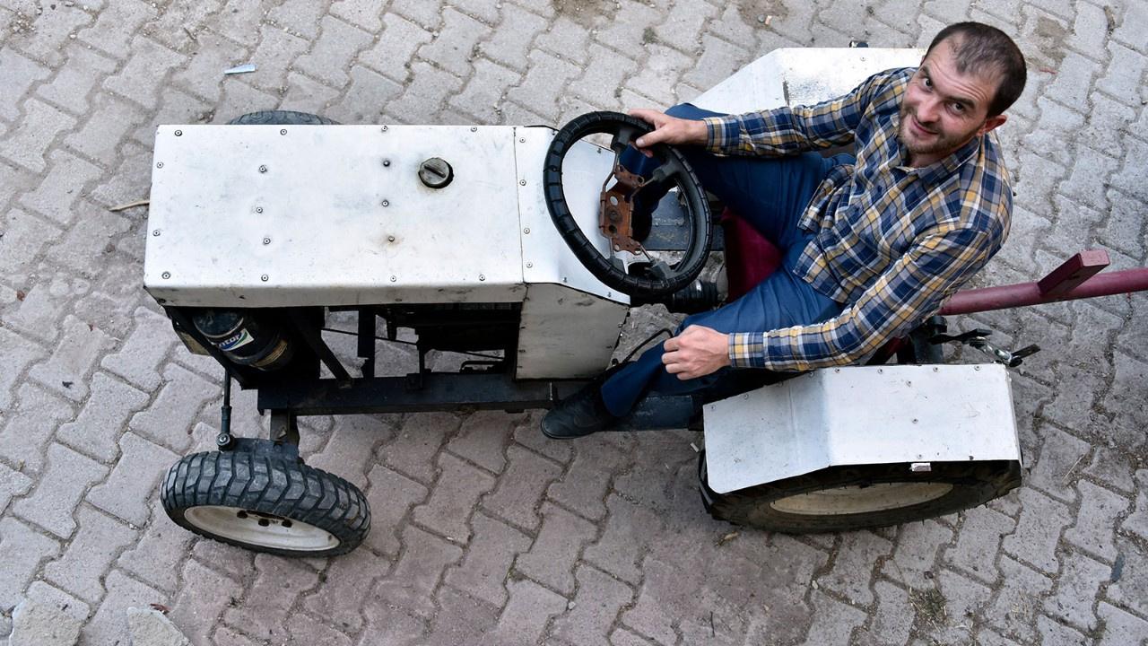 Sosyal medyadaki videoları izleyerek traktör yaptı