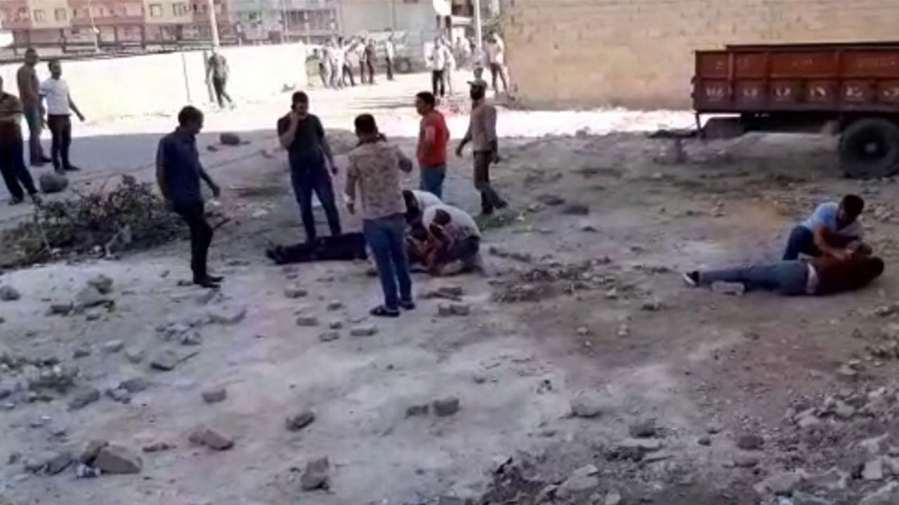 Akrabalar çatıştı: 2 ölü, 4 yaralı