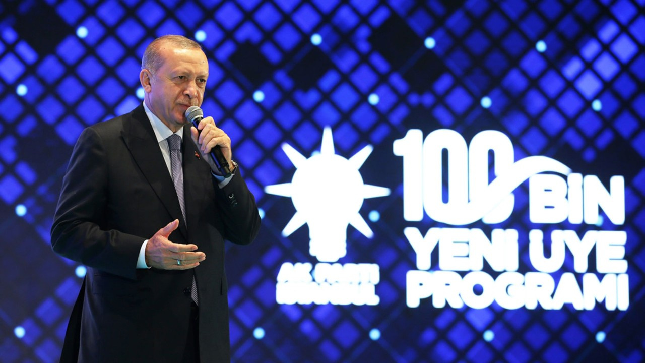 Erdoğan: Macron sen zaten gidicisin