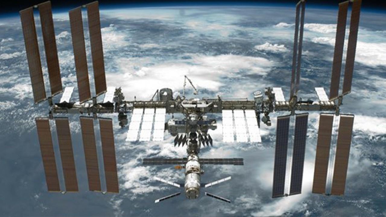 Uzay İstasyonu'nun yörüngesi değişebilir
