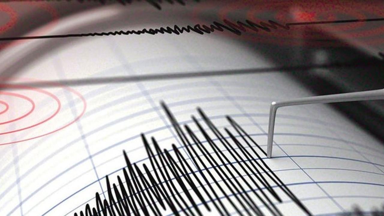İzmir Çeşme'de korkutan deprem!