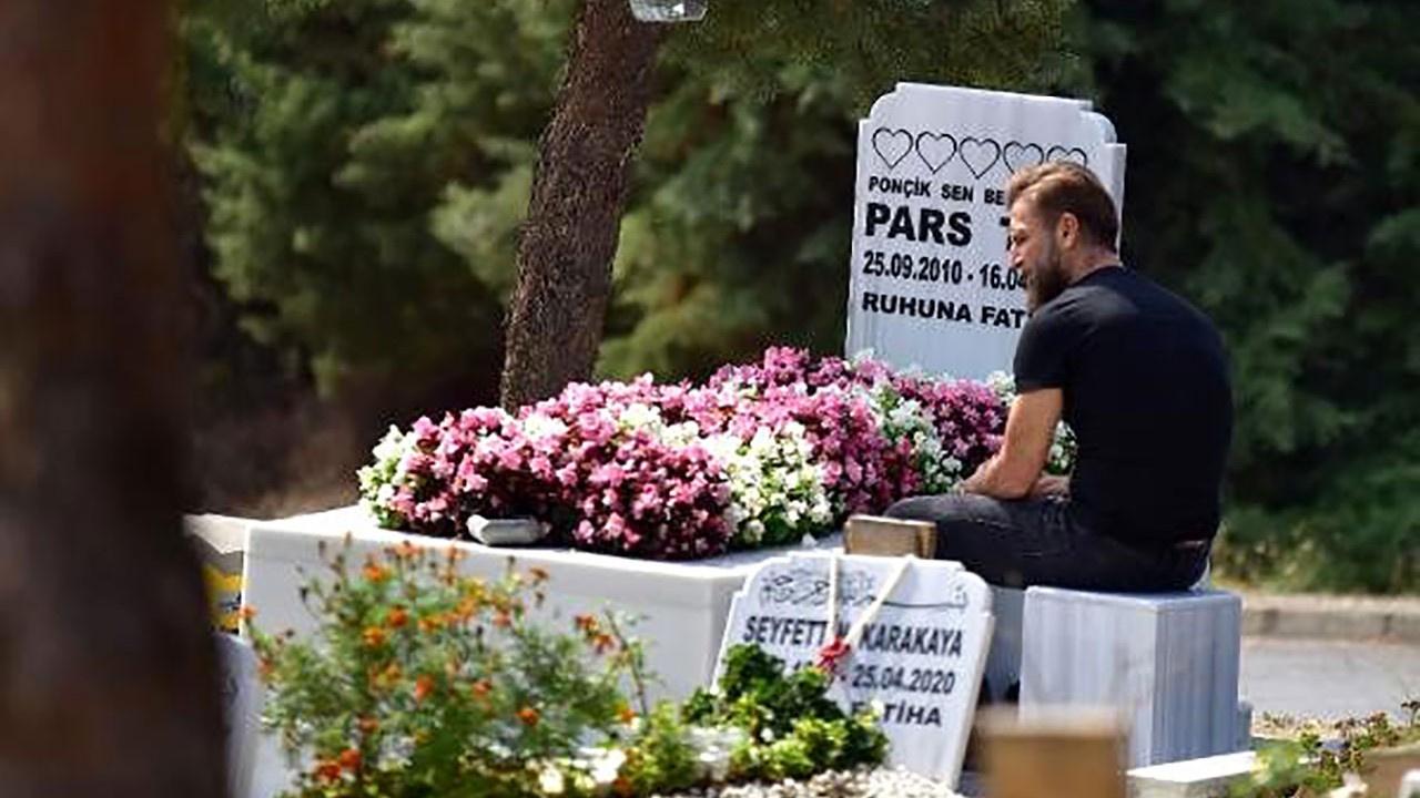 Harun Tan oğlu Pars'ın mezarını ziyaret etti