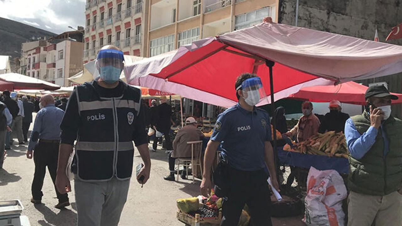 Maskesiz yakalandı, polislere teşekkür etti