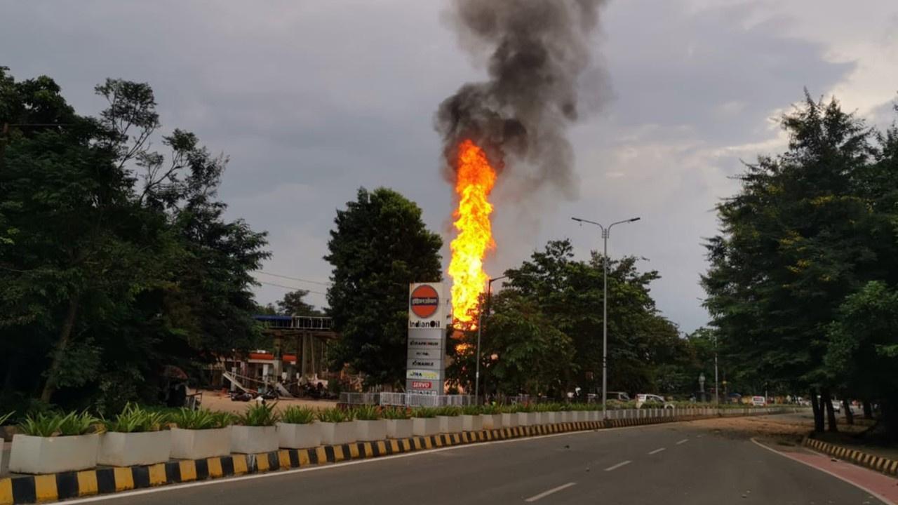 Benzin istasyonunda patlama : 8 yaralı