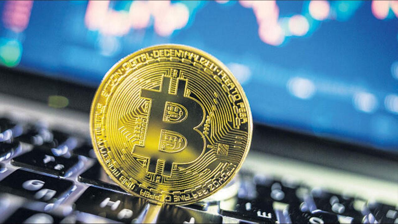 Tarihi zirve! Bitcoin'in 50 bin dolar ile imtihanı